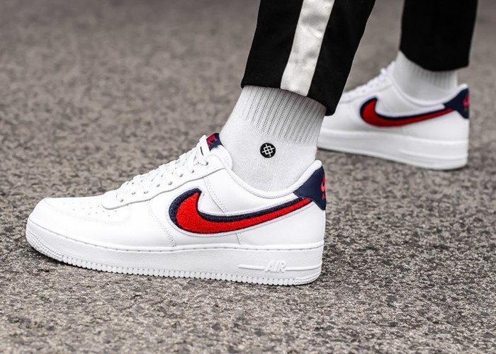 Nike Air Force 1 07'' LV8 (823511-106)