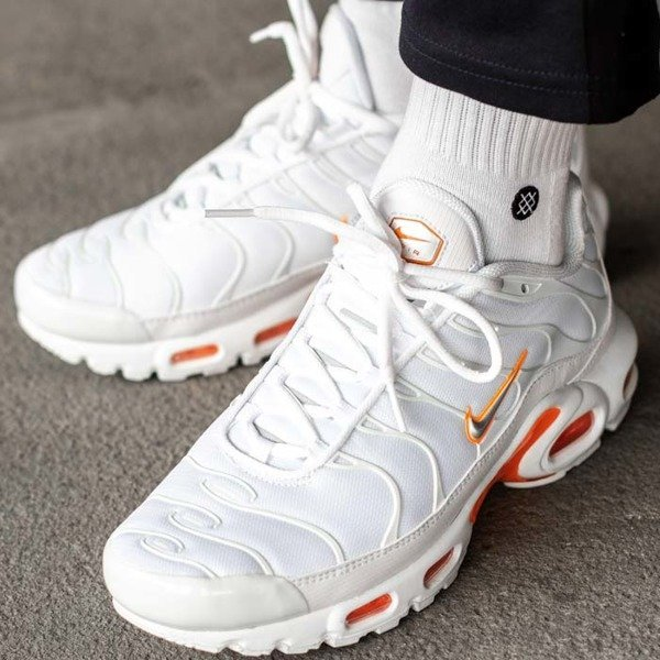 Nike Air Max Plus TN SE (AO9564-100)